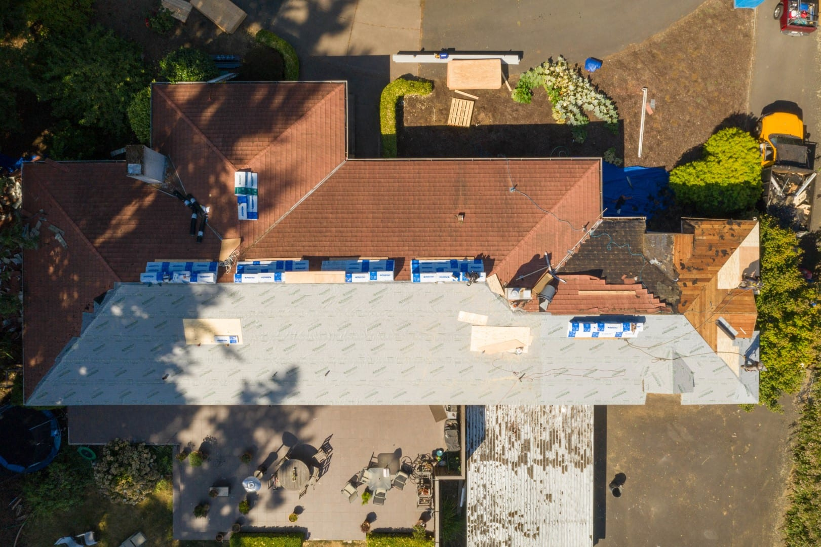 KVN Construction roofing project before picture from above in Portland