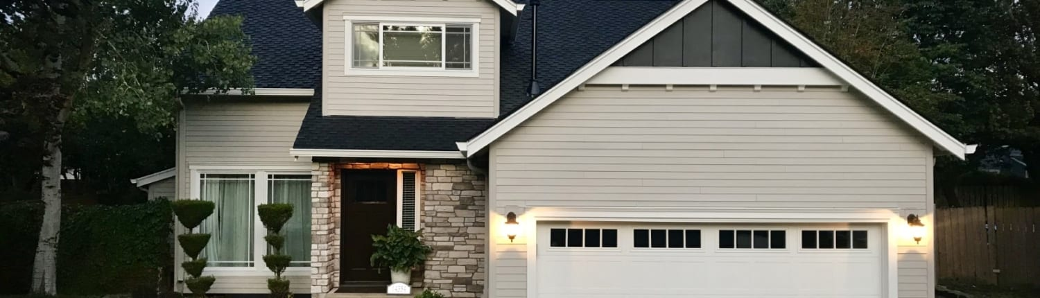 after photo of completed hardie plank siding on a home