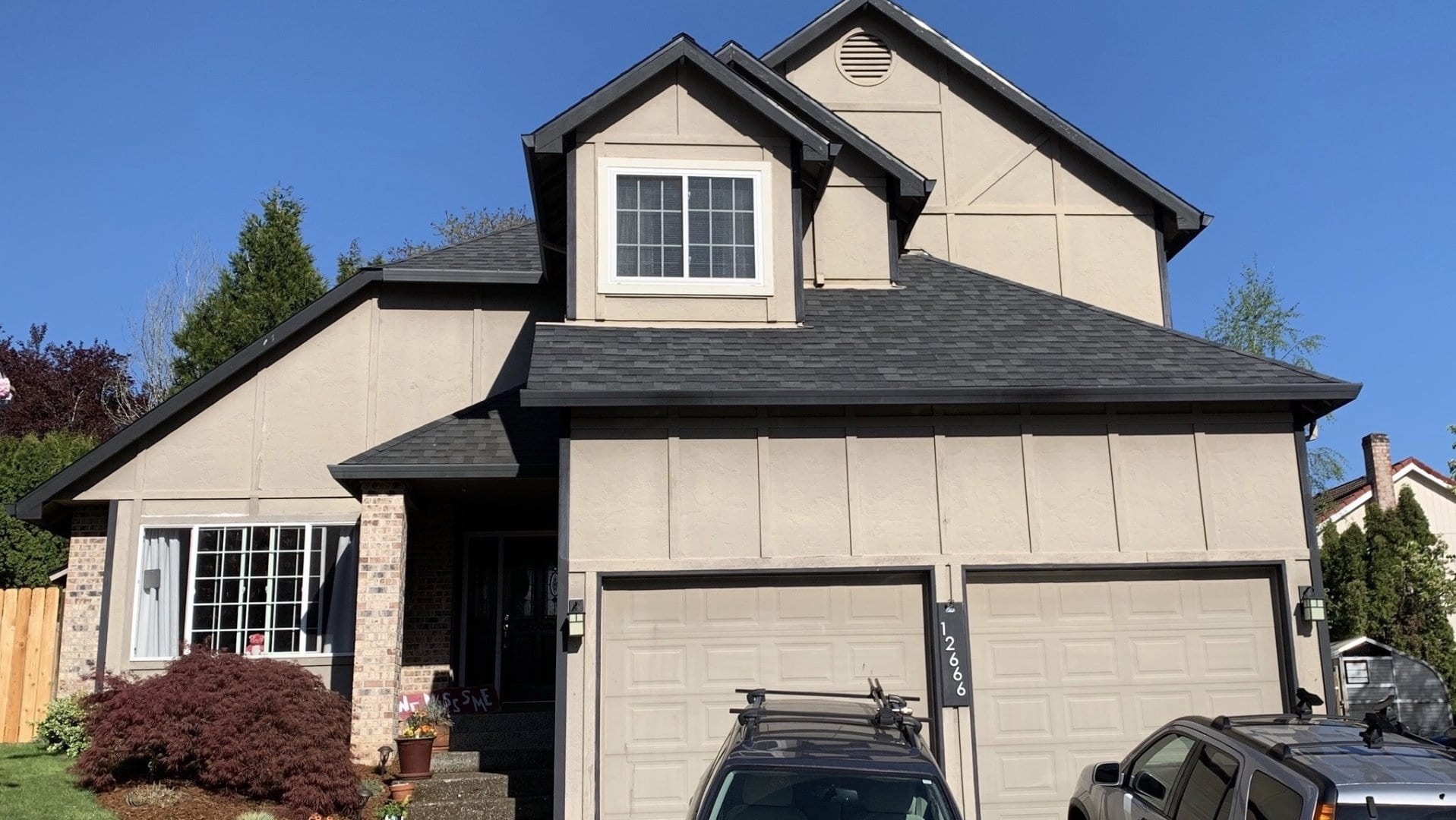 Before with Old Wood T1-11 Panel Siding on home in Clackamas, OR