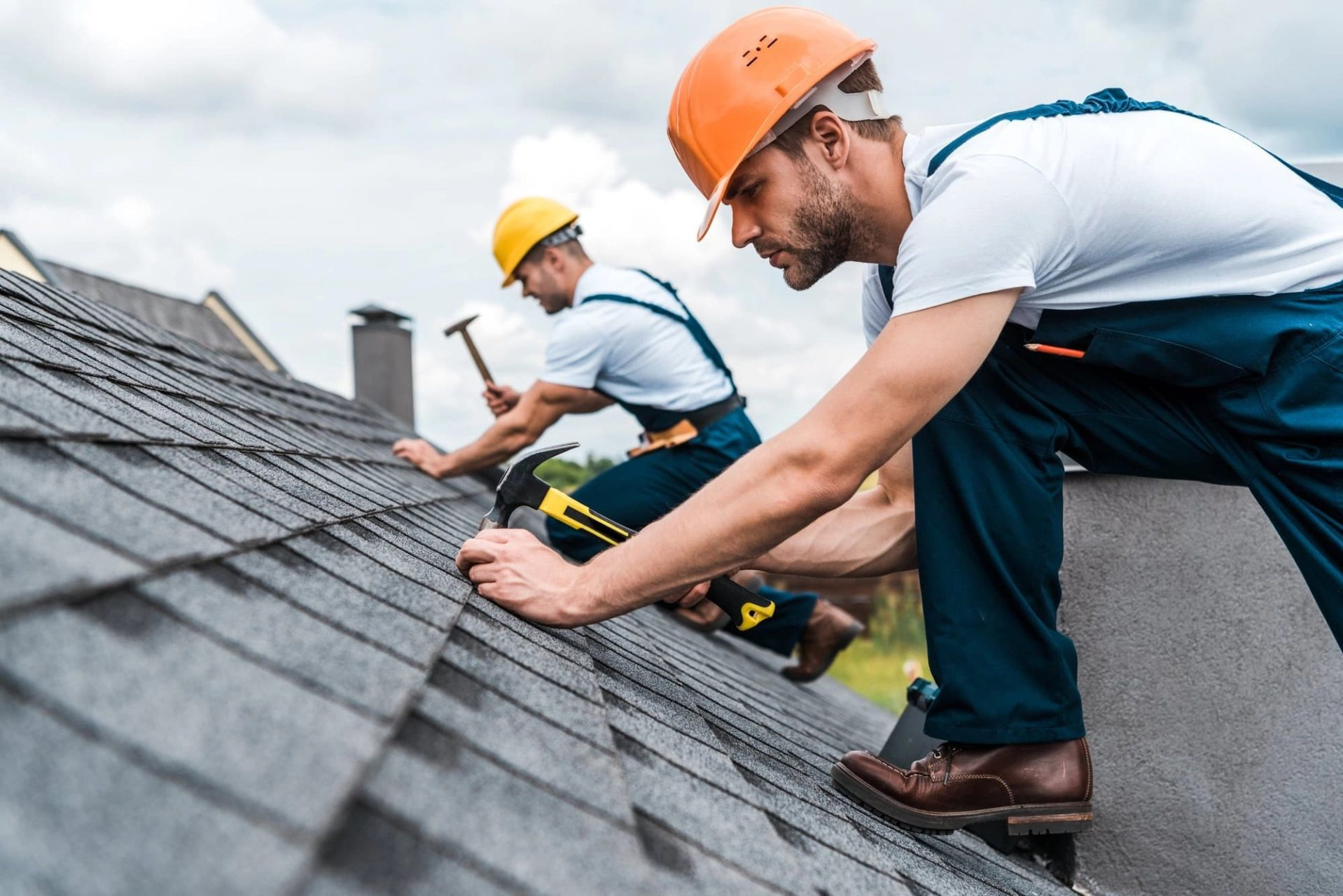4 Signs You Need to Replace Your Roof